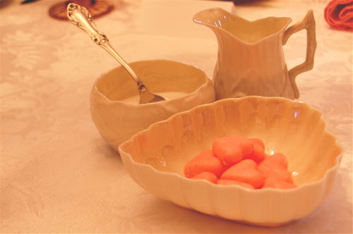 Belleek creamer, sugar bowl & heart-shaped dish