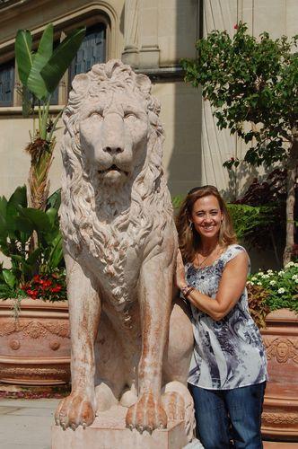 Lion sculpture at Biltmore House entrance