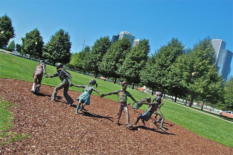 Children Playing in Park sculpture, Chicago Navy Pier
