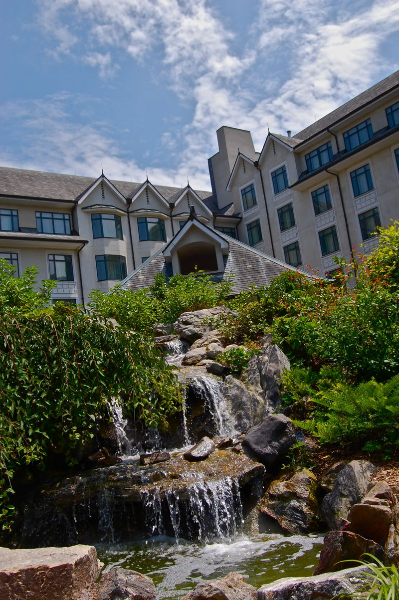 Book the The Inn on Biltmore Estate - Situated in the mountains, this hotel is mi ( km) from Antler Hill Village and within 3 mi (5 km) of Cathedral Of All Souls and Biltmore Village. McCormick Field and Biltmore Estate are also within 6 mi (10 km)/5().