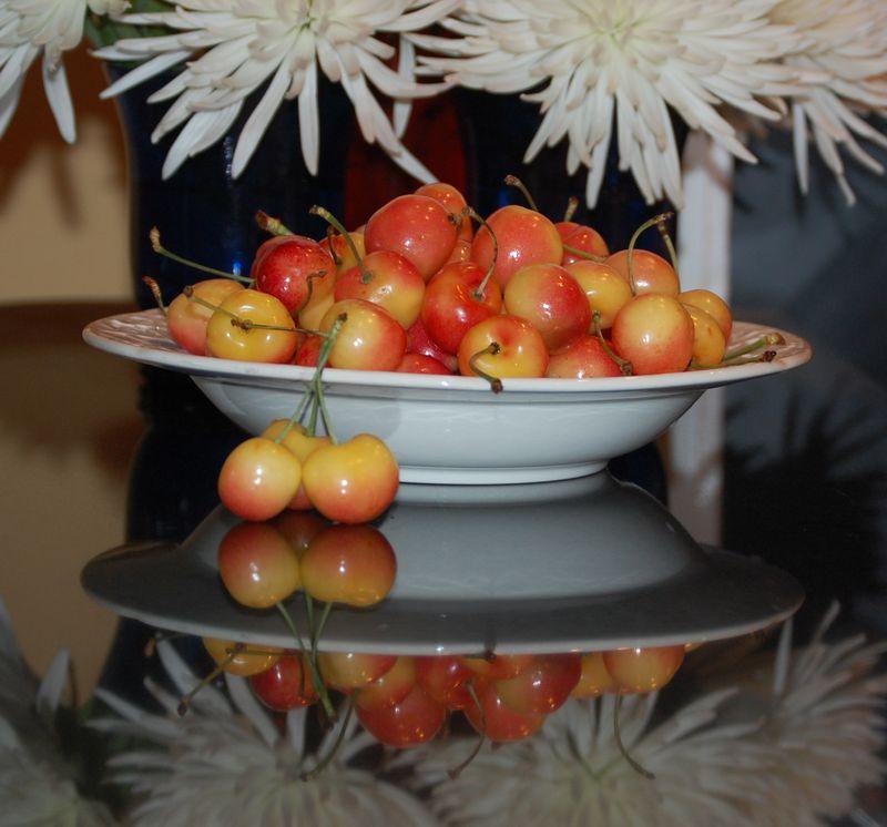 Bowl of Rainier cherries
