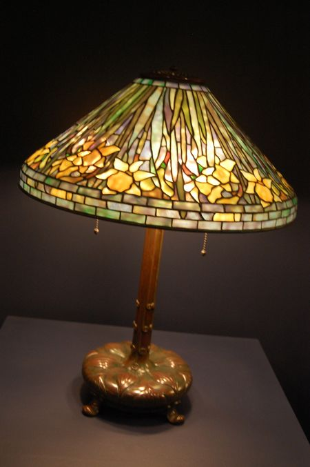 Daffodil Tiffany lamp