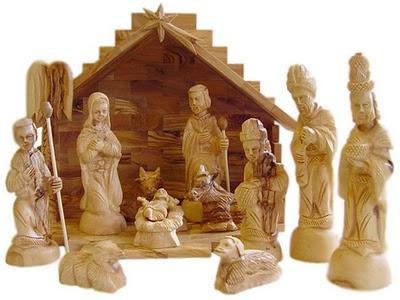 Olive_wood_nativity_set_235-66