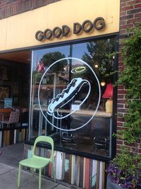 Good Dog, Chattanooga, Exterior