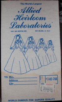 Outer_box_of_wedding_dress
