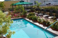 El_convento_rooftop_pool