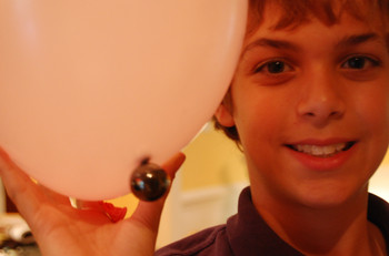 Stephen_and_pink_balloon