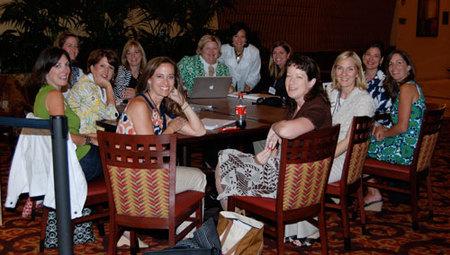 Bloggers_hanging_around