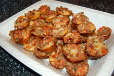 Bacon_tomato_cups_on_platter