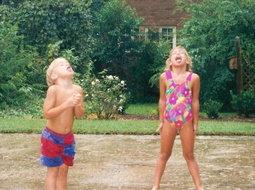 Kids_tasting_rain_drops