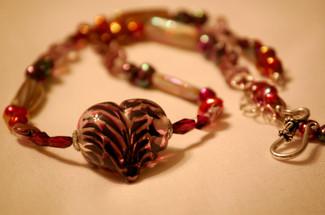 Glass_heart_beadednecklace